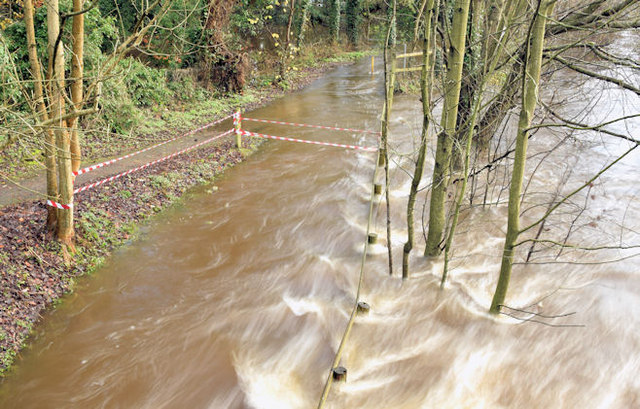 The River Lagan in flood, Drumbeg, Dunmurry - November 2014(5)