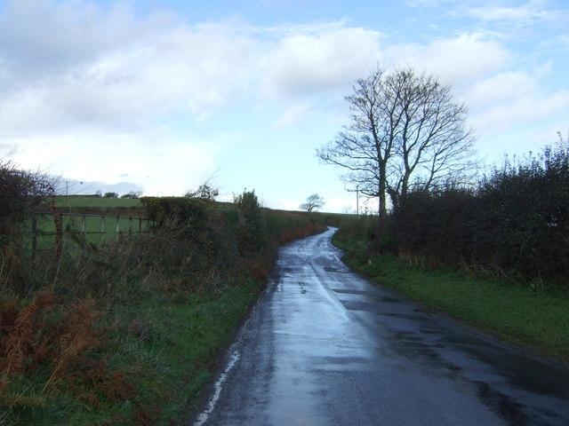 Minor road heading north, Carracawn Cross