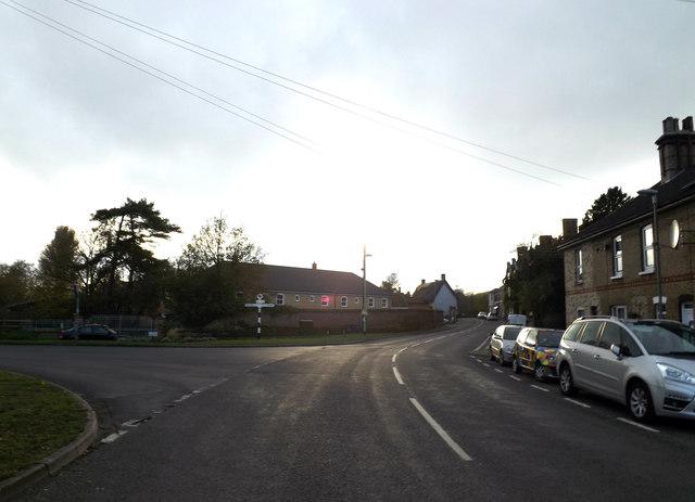 Norwich Road, Scole by Geographer