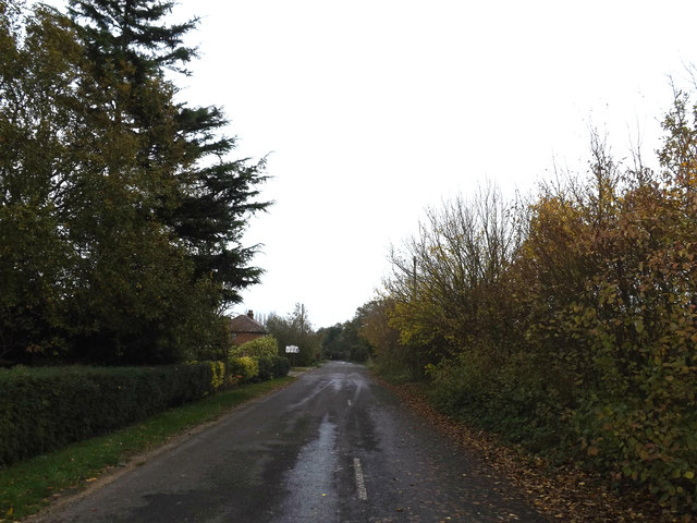 Former Old Bury Road, Stuston by Geographer