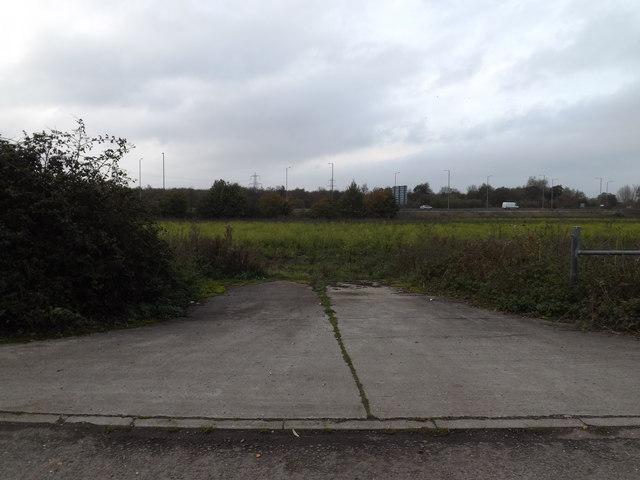 Field entrance off Bridge Road bridleway