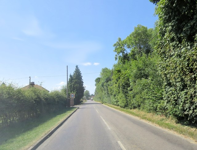 Spurlands End Road south of Copes Farm