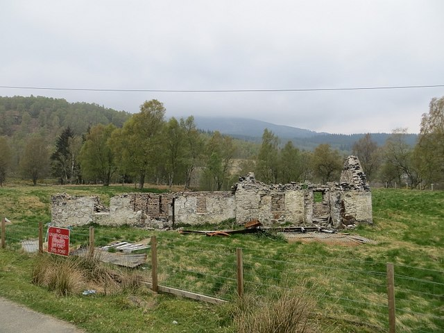 Burnt out ruin, Fasnakyle