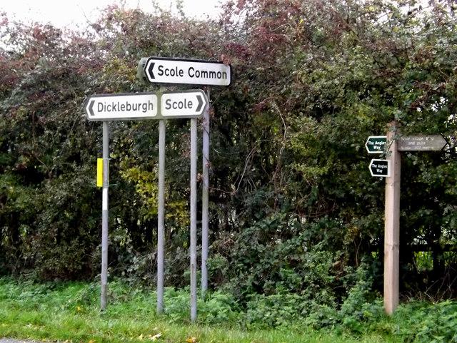 Roadsigns on Norwich Road