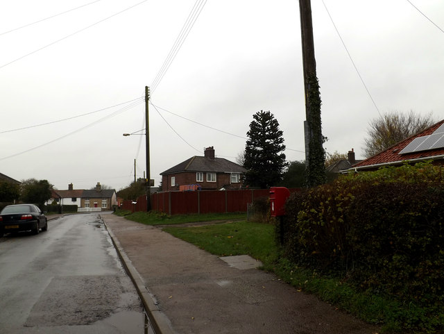 Ransomes Avenue & Ransomes Avenue Postbox