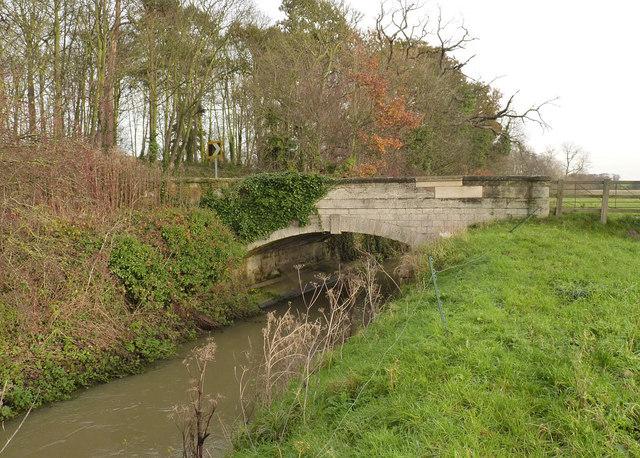 Snape Lane bridge