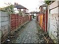SJ9493 : Footpath to Woodfield Avenue by Gerald England