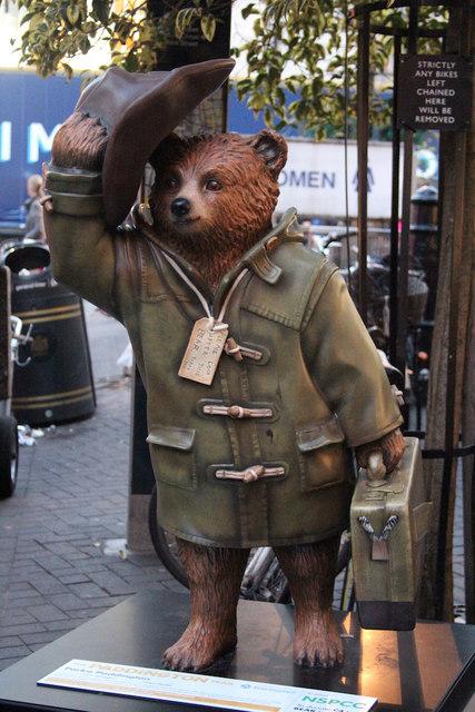"""""""Parka Paddington"""" Paddington Bear, Carnaby Street"""