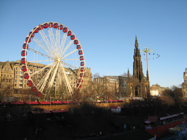 Ferris Wheel and Star Flyer