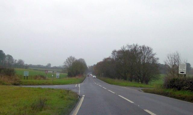 Crossroads: A528 and Preston Gubbals Road