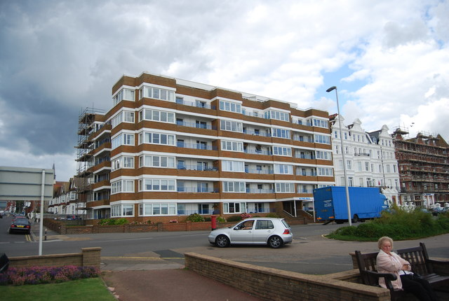 Seafront flats