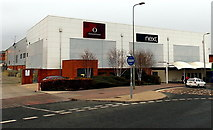 SU5290 : East side of the Orchard Centre, Didcot by Jaggery