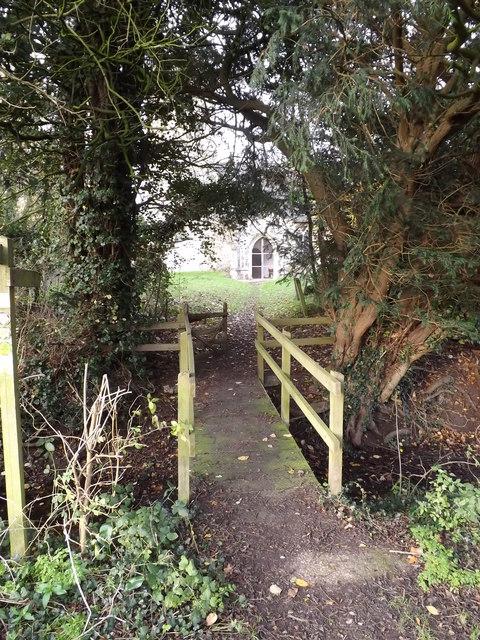 Footbridge on footpath to St.Margaret's Church