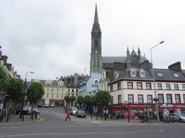 Cobh - Pearse Square & view to St Colman's Cathedral