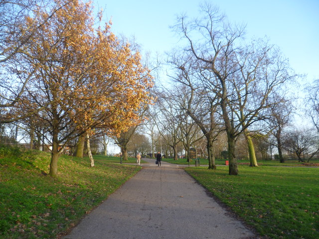 Path in Finsbury Park