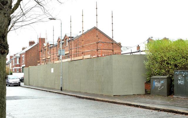 Nos 120-126 Upper Newtownards Road, Belfast (December 2014)