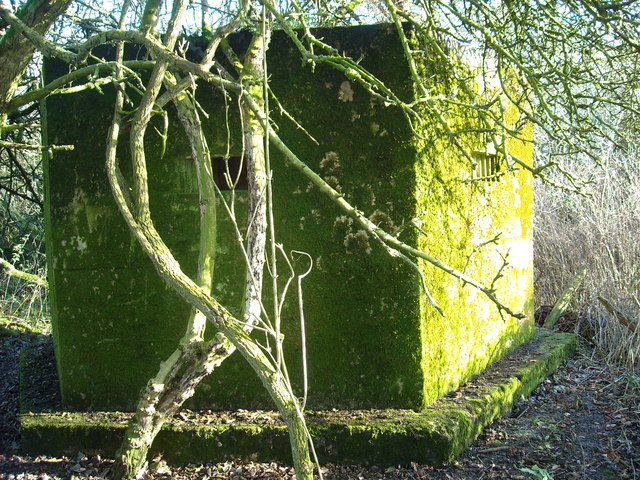 Type 22 pillbox, north perimeter of former RAF Yatesbury air base, Juggler's Lane