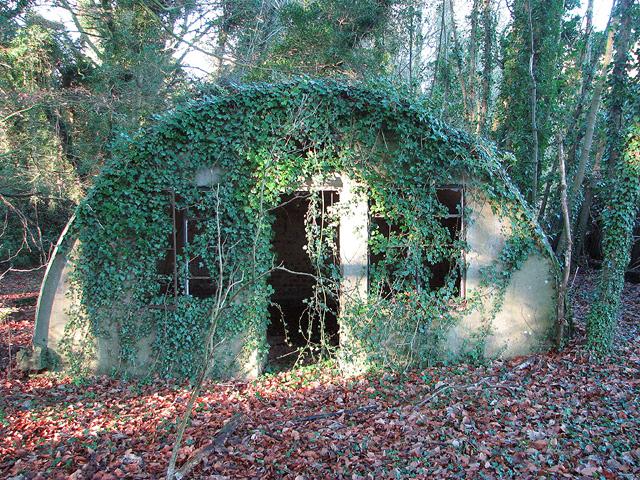 Airmen's accommodation hut