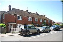 TQ5243 : Row of houses, Penshurst by N Chadwick