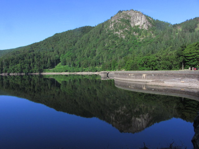 Raven Crag from dam at northern end of Thirlmere