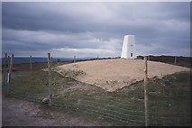 ST1635 : Wills Neck summit by Richard Webb