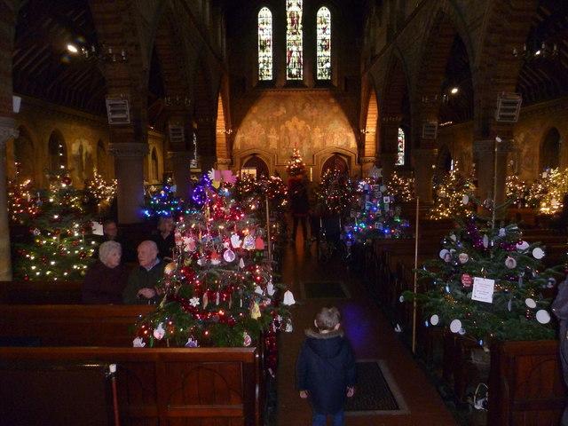 Erith Christmas Tree Festival 2014 169 Marathon Cc By