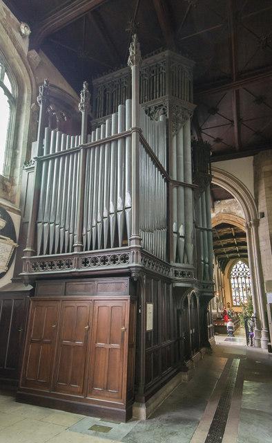 Organ, St Mary Magdalene church, Newark