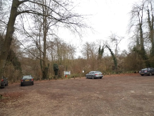 Car park in the woods, Sheepleas
