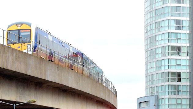 Train, Corporation Street, Belfast (December 2014)