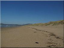 SH5631 : Harlech Beach by Matthew Chadwick