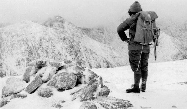 Beinn a' Chochuill summit in winter
