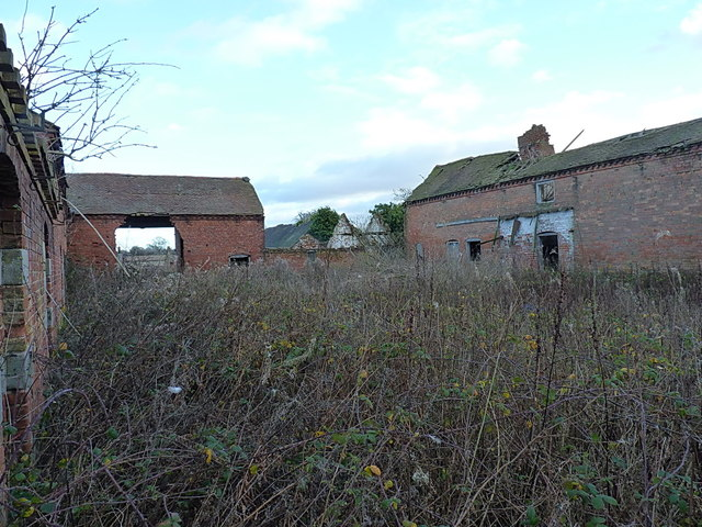 Pollymoor Farm - derelict