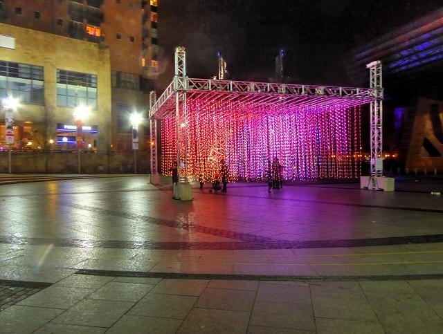 Lowry Plaza, Aeolian Light