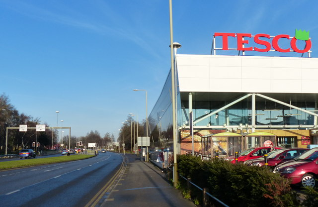 Tesco superstore along Narborough Road North