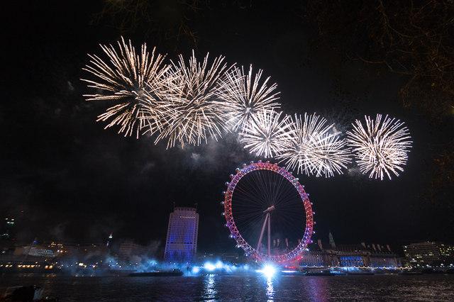 2015 New Year Fireworks, London SE1