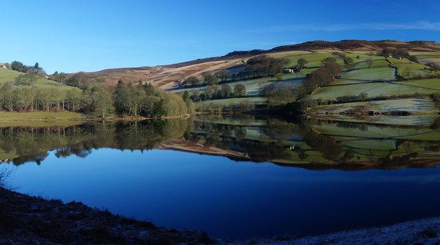 Ladybower Reservoir, January sunshine (5)