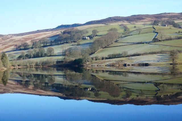 Ladybower Reservoir, January sunshine (9)