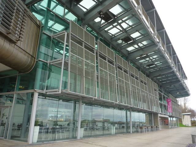 Sunderland Architecture : National Glass Centre (Facade)