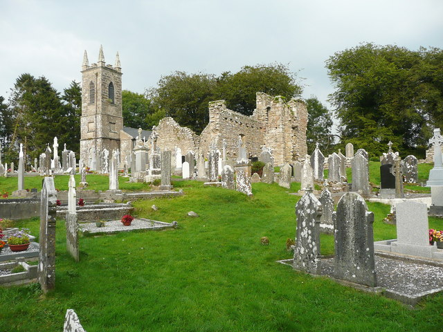 Ruined church and graveyard at St Mullin's