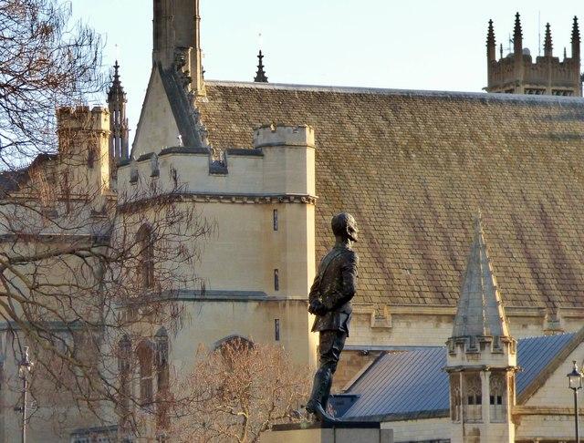 Jan Smuts statue, Parliament Square