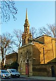 TQ3580 : St. Paul's, The Highway, East London by nick macneill
