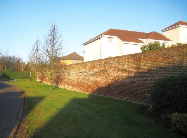 Hillingdon Heath: Former Little London Nursery wall (1)