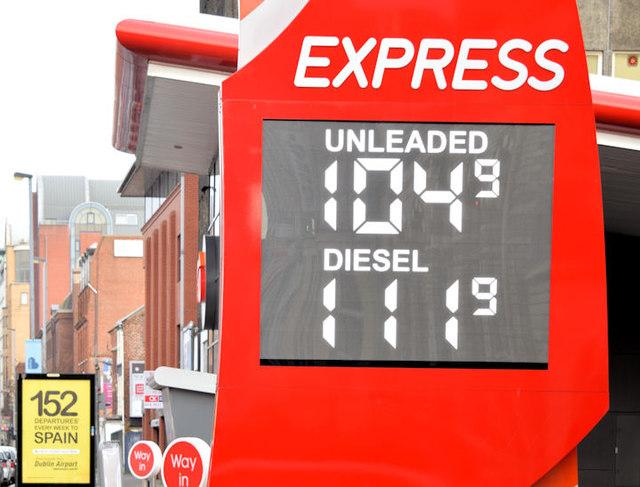 Fuel price sign, Belfast (11 January 2015)