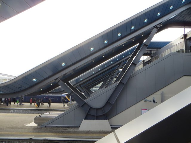 Supports at Reading Station