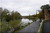SO8454 : The River Severn by Worcester Cathedral by Bill Boaden