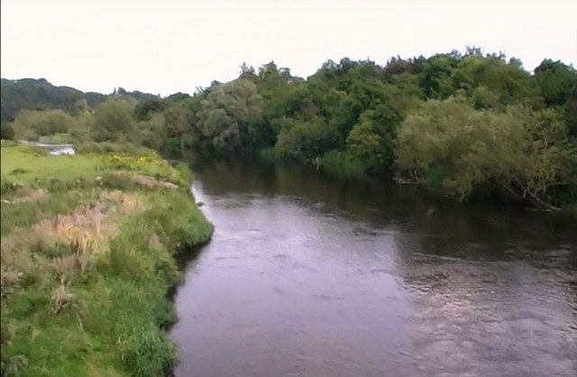 River Boyne from bridge at Newgrange