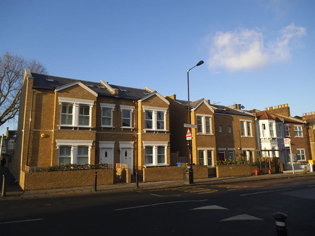 New houses on Ivydale Road (1)