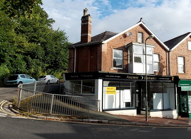 Former Ancient Elements shop to let in Chelston, Torquay