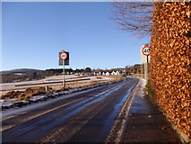 NJ6102 : A980, exit NNW from Torphins by Stanley Howe