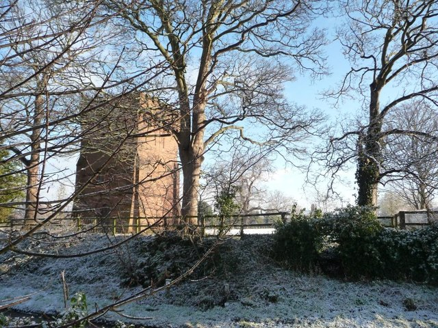 Saighton water tower, from the south-west